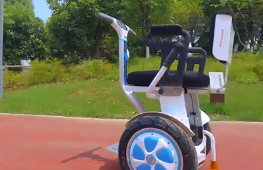 Airwheel A6Ts smart electric wheelchair
